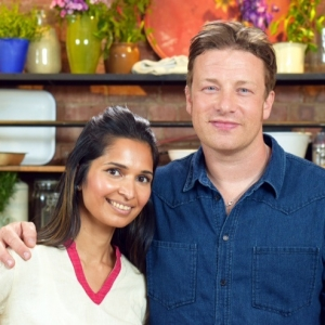COOK WITH THE PROS: AN INTRO TO SIMPLE INDIAN COOKERY WITH MAUNIKA GOWARDHAN
